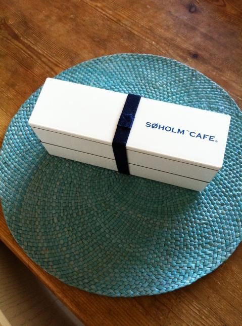 SOHOLM CAFE LUNCH BOX!!